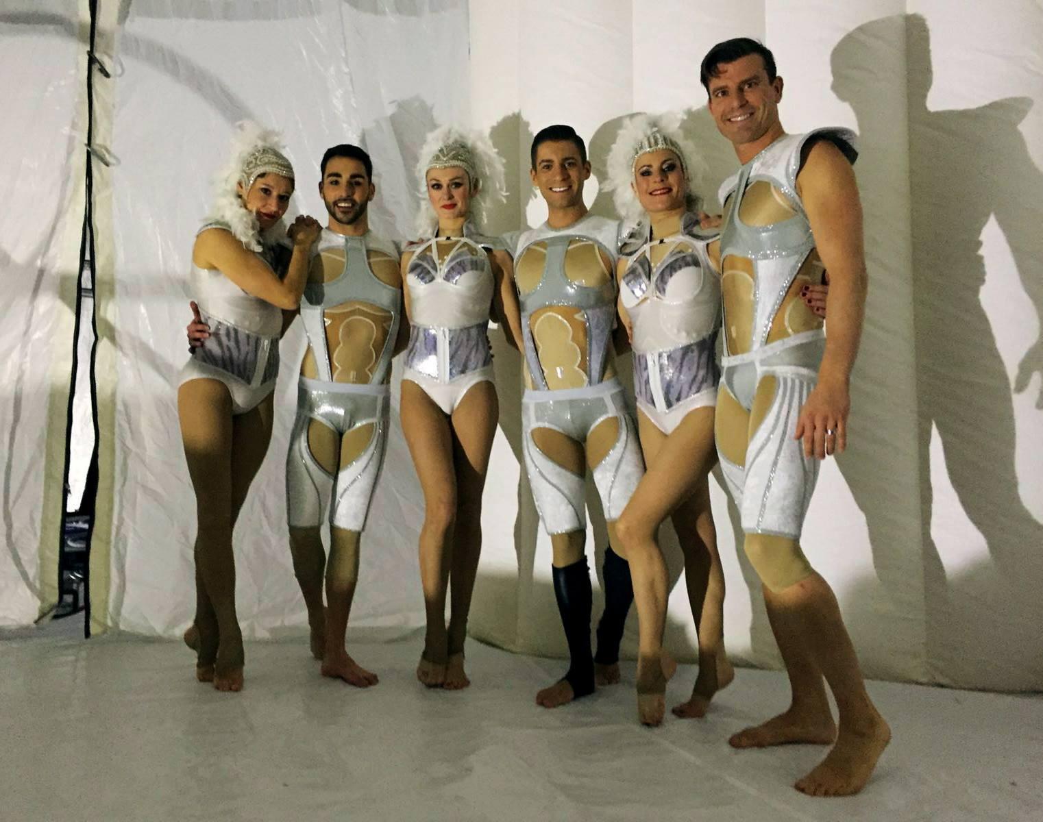 costumes-blancs